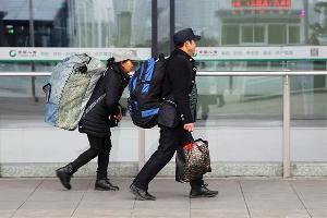 春运宁波站增开3趟凌晨列车,北仑鄞州镇海奉化夜间凌晨都有公交接驳