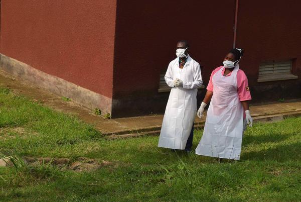 外交部提醒在刚果金、乌干达的中国公民防范埃博拉疫情