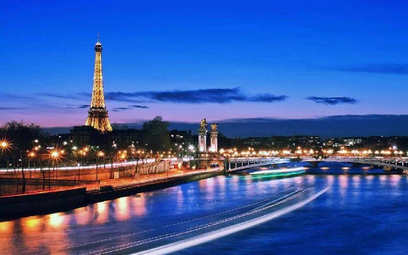 夜游巴黎遇抢劫 回国理赔少证明 出境遇险怎么办?