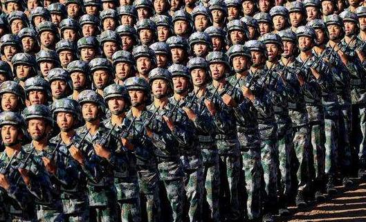 在习近平强军思想指引下向着世界一流军队阔步前行