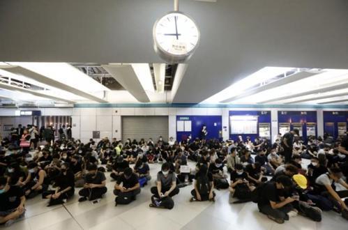 香港高院批准港铁临时禁制令 有效期至下周五