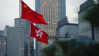 人民日报:插手香港事务暴露美国霸权主义真面目