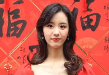 #在宁波,都挺好# 陈都灵祝大家新年快乐~