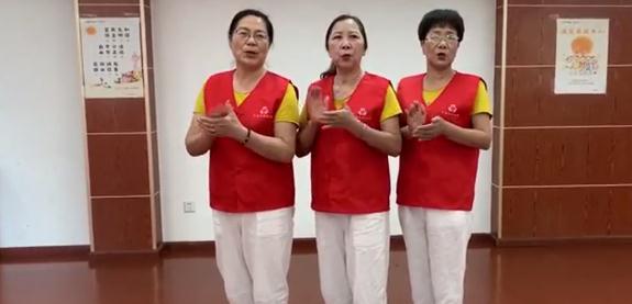 自编宁波话版公筷《拍手歌》 江北这些阿姨们创意引导餐桌文明