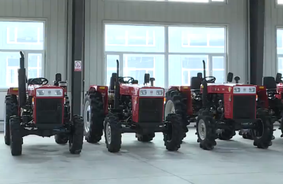 东西部对口扶贫 浙拖奔野拖拉机整机项目在安图投产