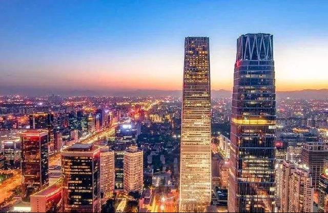 五中全会系列解读|五中全会释放未来中国发展重要信号(中)