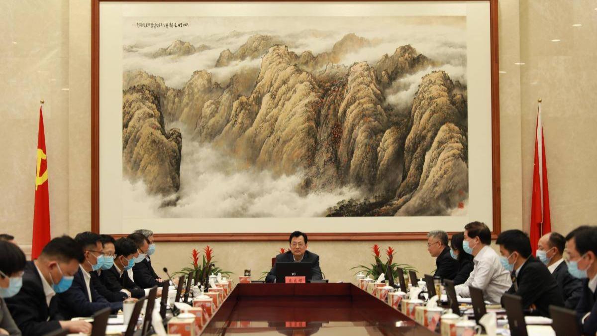 裘东耀在市文明委全体(扩大)会议上强调:全面深化文明城市创建工作 全力建设全国文明典范城市