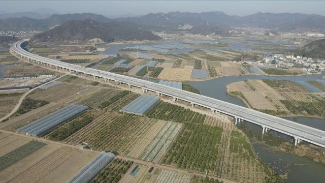 """沿着高速看宁波丨""""十四五""""全面建成""""两环多射""""高速网 通车里程超千公里"""