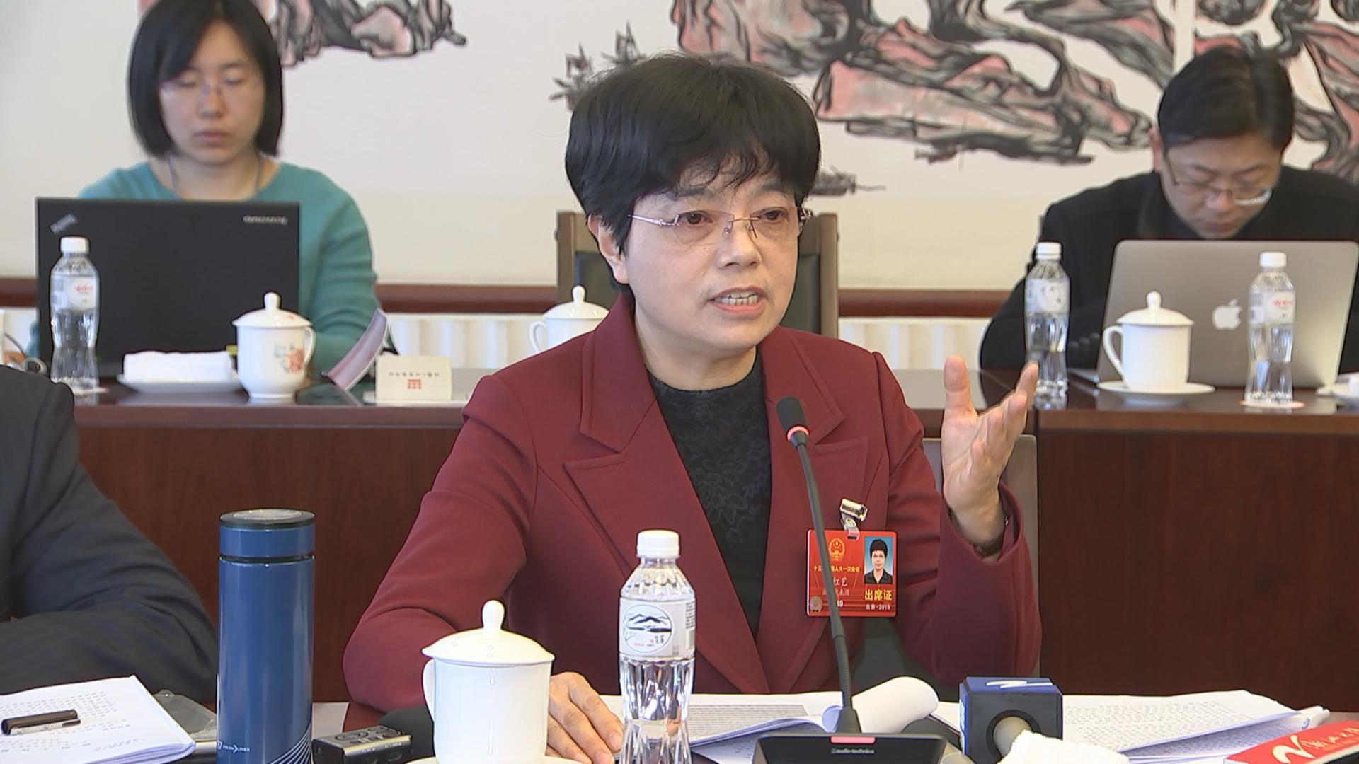 余红艺审议政府工作报告:宁波要在