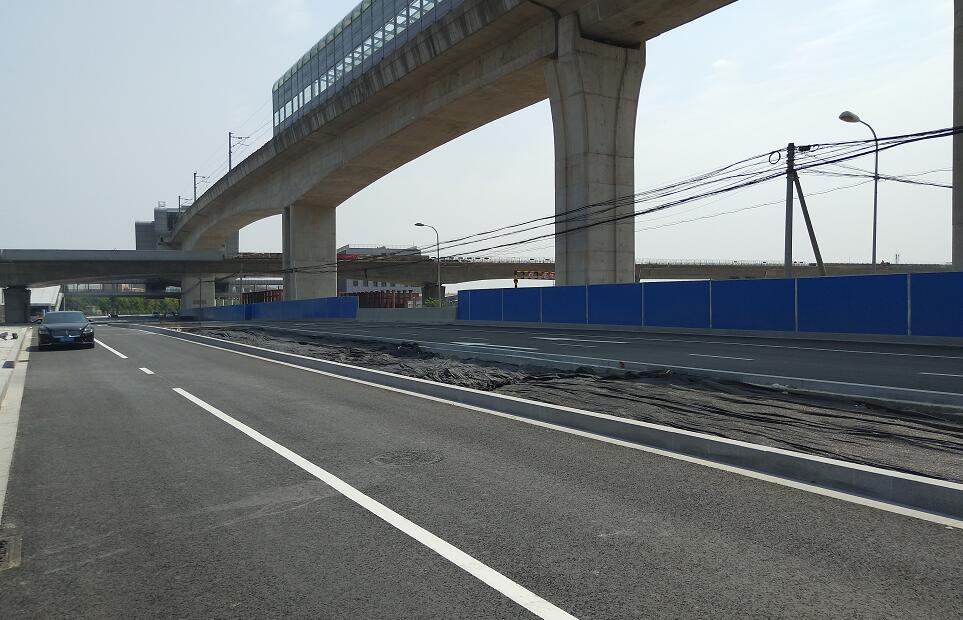 宁镇路一期改建工程北半幅道路基本建成 今晚开始南北侧道路交通互导