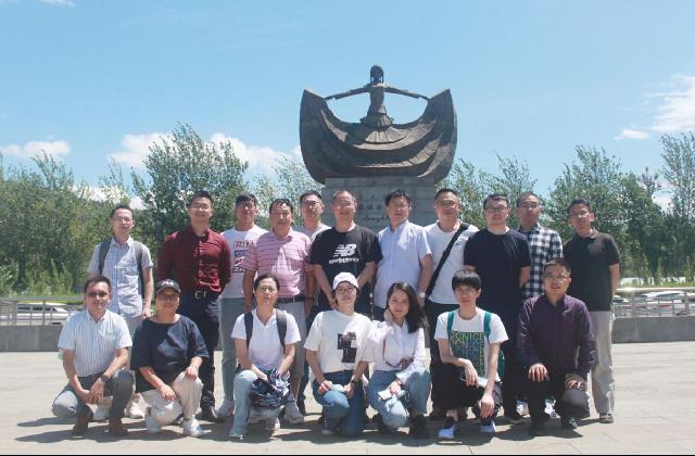 鄞州区今年第二批13名专技人才赴四川凉山