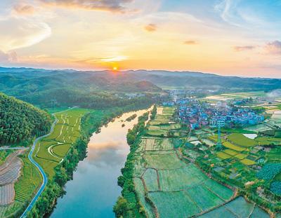 天更蓝、山更绿、水更清:这五年,生态建设带来幸福感