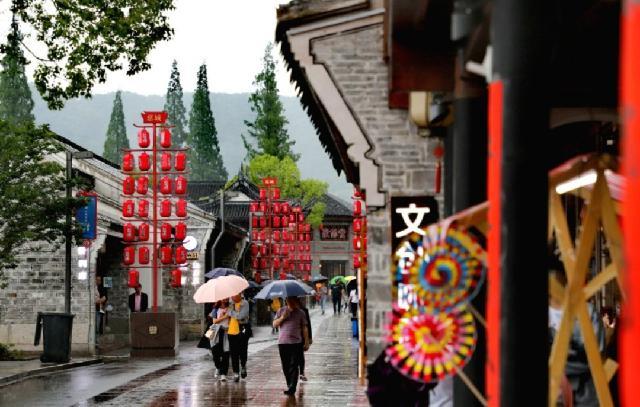 阵雨、雷雨、短时暴雨……宁波端午湿哒哒黏糊糊!这些路段出行要注意